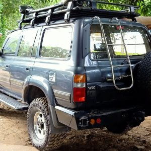 land cruiser 80 rear ladder